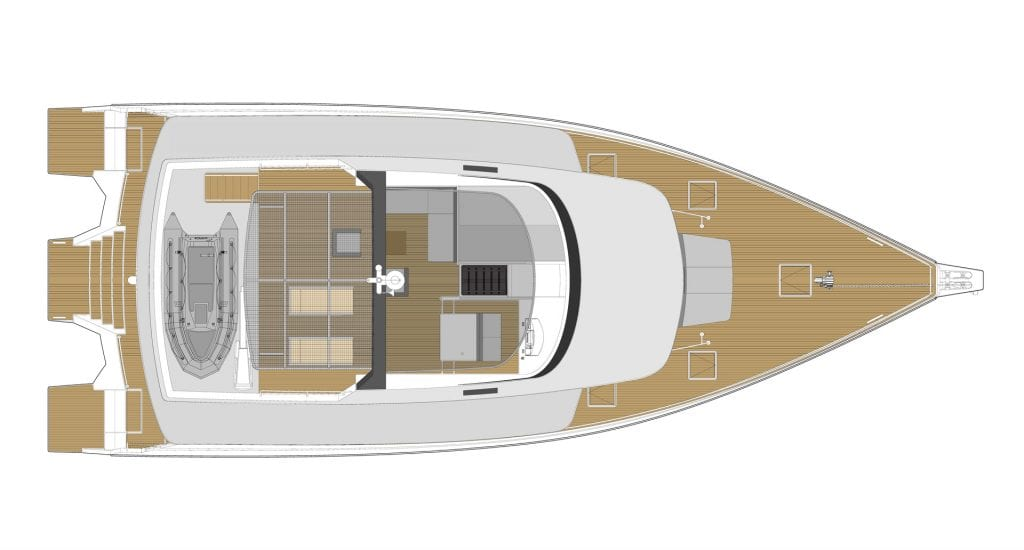 POWERED TRIMARAN LAYOUT